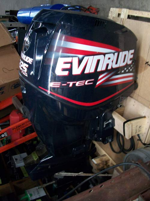 2008 225 Hp Evinrude Etec Outboard For Sale  11500