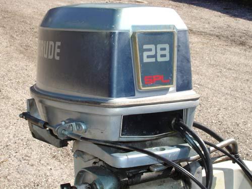 28 Hp Evinrude Outboard