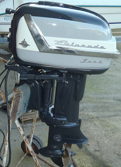 Evinrude 25 Hp >> 1956 30 hp Evinrude Lark Outboard Antique Boat Motor For Sale