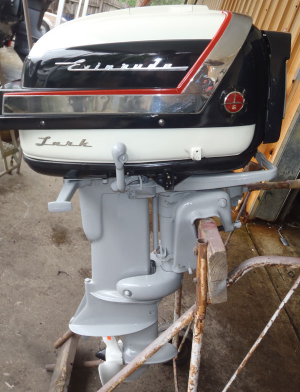 1957 35 hp evinrude lark outboard antique boat motor for sale for Bass boats with evinrude motors