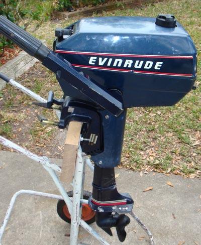 Used 3 hp evinrude 2 cylinder outboard boat motor for Used evinrude boat motors for sale