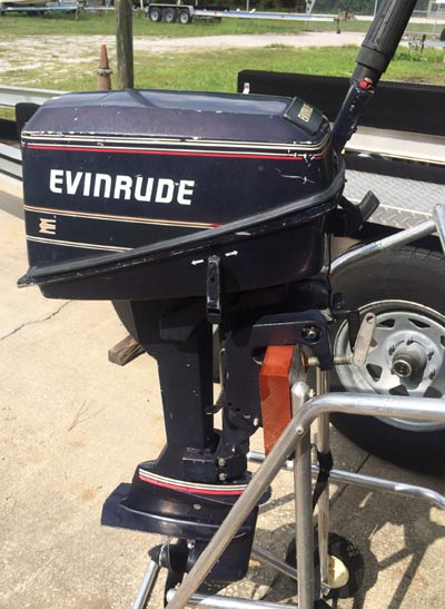 Used 4 hp evinrude deluxe 2 cylinder outboard boat motor for Small 2 stroke outboard motors for sale