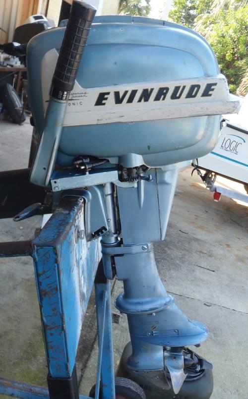 1955 evinrude 7 5 hp aquasonic outboard