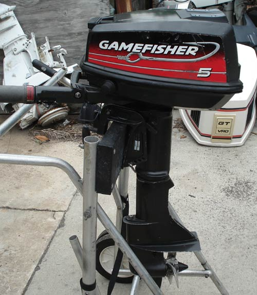 Side on 15 Hp Gamefisher Outboard Parts