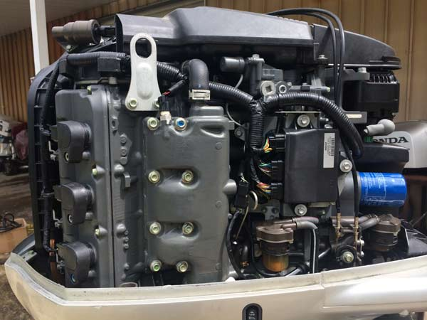225hp VTEC Honda Outboard Boat Motor.