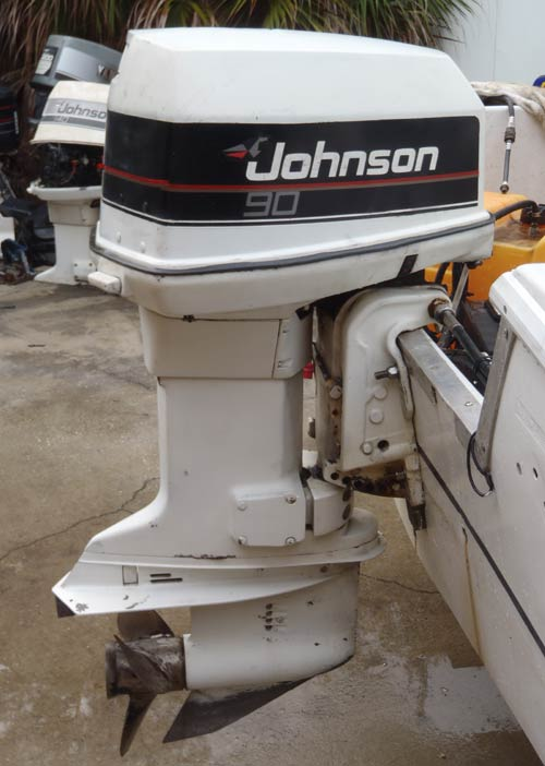 90 hp johnson outboard rh smalloutboards com Johnson Outboard Motor Year 1998 Johnson Outboard Lower Unit