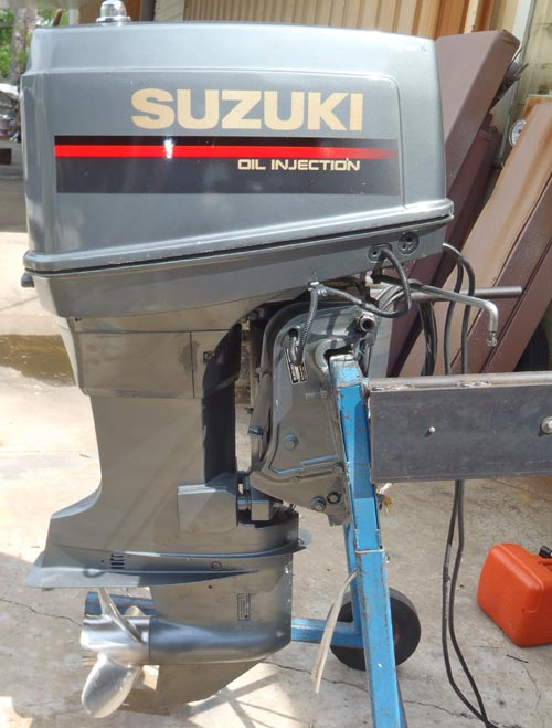 Used Suzuki 100 hp Outboard Boat Motor For Sale.
