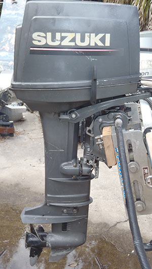 Small Outboard Motors >> Suzuki 30 hp Outboard 3 cylinder