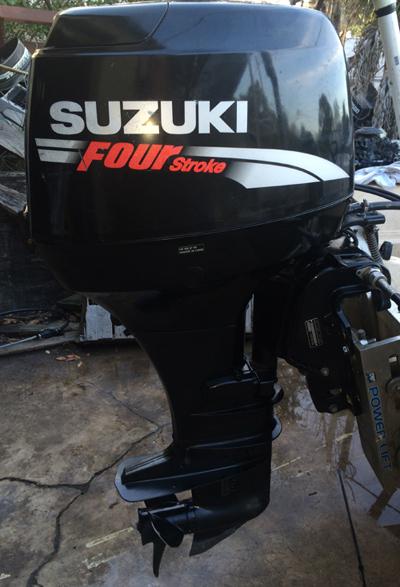 Suzuki 50 hp 4 stroke outboard boat motor for sale for Small 2 stroke outboard motors for sale