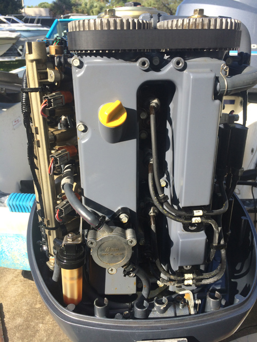 Yamaha 115 hp 4-Stroke Outboard For Sale.